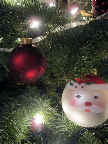 santa_red_ornament