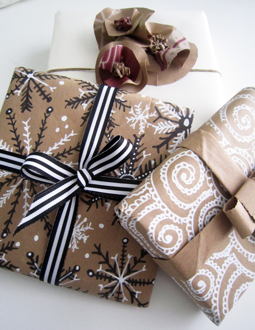 alisaburke holiday wrapping with paper bags. Black Bedroom Furniture Sets. Home Design Ideas