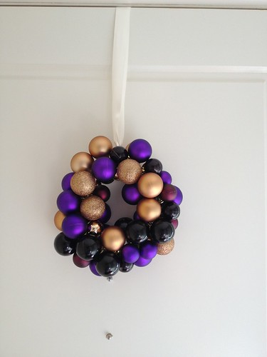 Door bauble Wreath