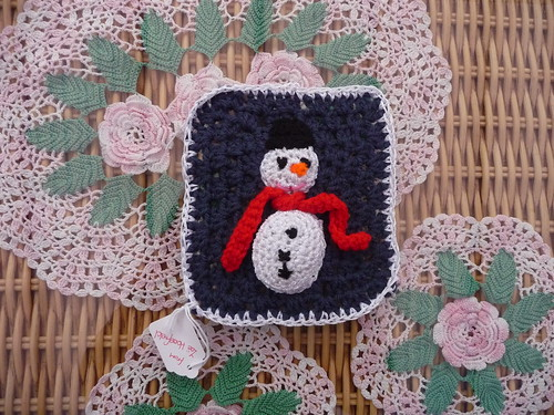 Zoe (UK) Your Snowman Square has arrived Thank you!