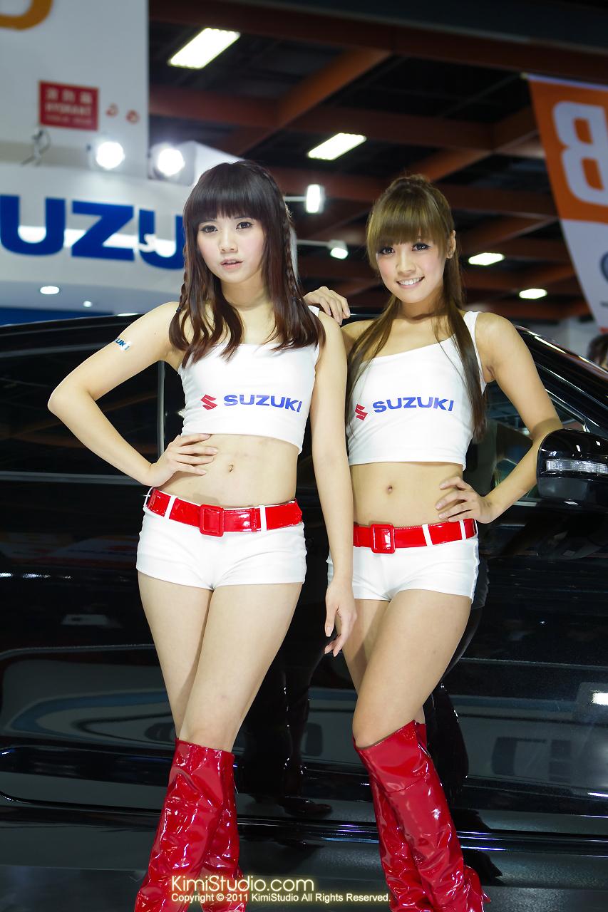 2011.12.23 Model-082