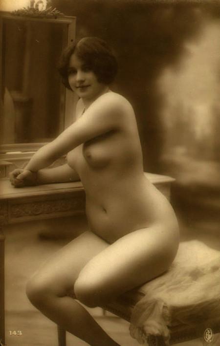 старинные фото голых баб