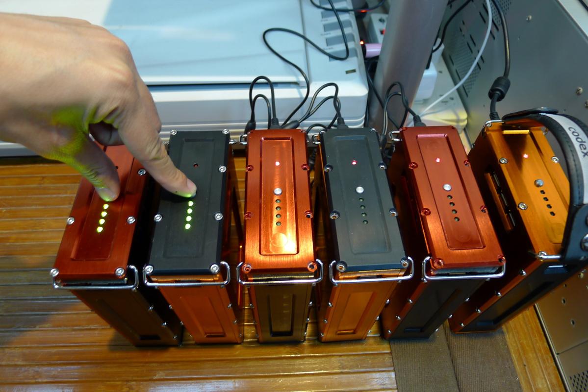 USB隨身攜行長效電源包開發計畫~12/30更新