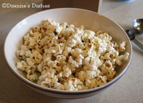 Poor Man's Microwave Popcorn
