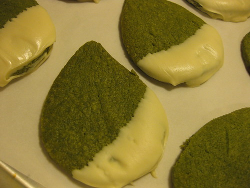 White chocolate dipped green tea shortbread