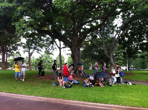 Sketchcrawl 34 - Hyde Park when the rain started coming down