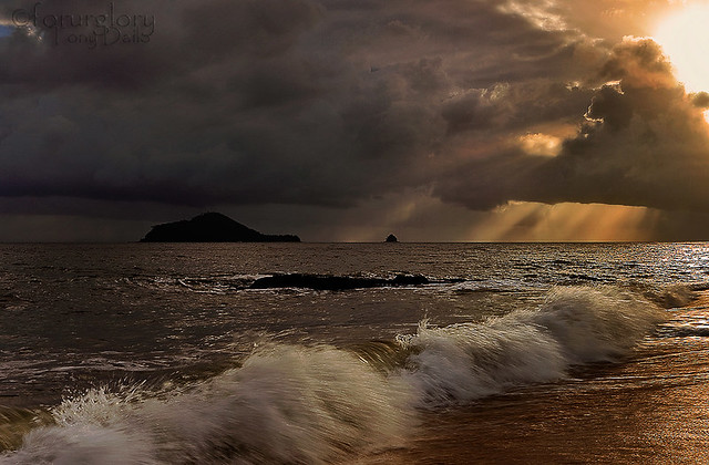 Stormy Morning-Buchan Point,Cairns