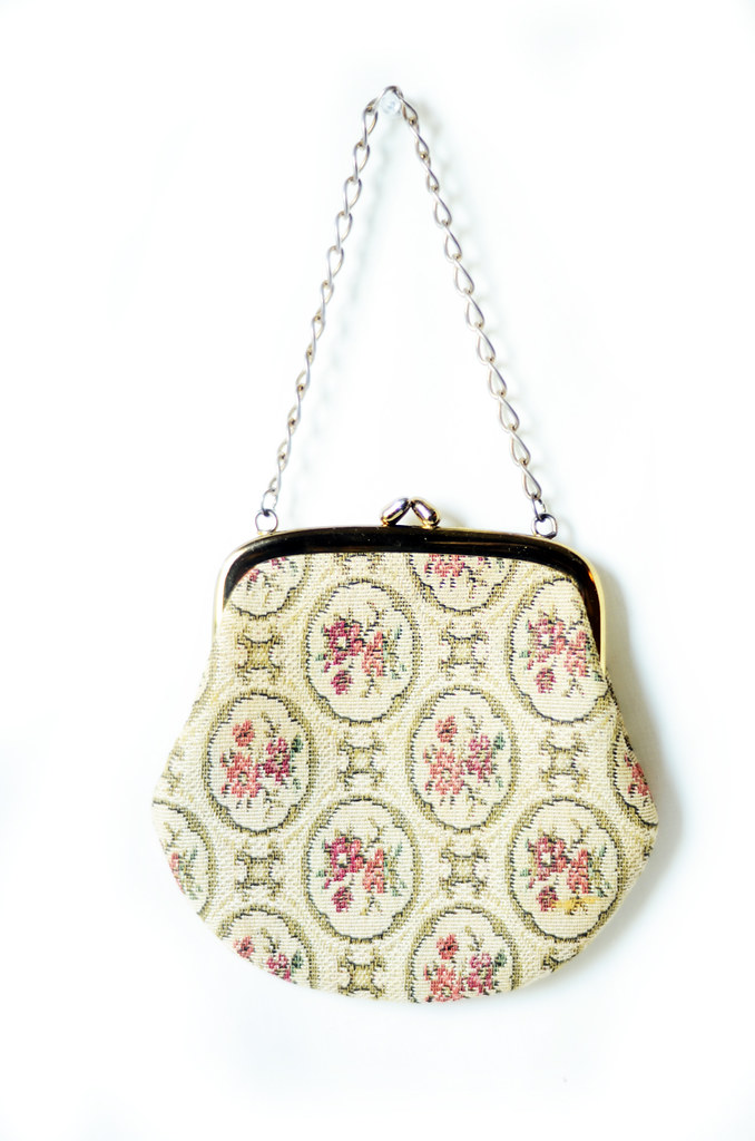 Vintage Tapestry Bag in Cream with Floral Design