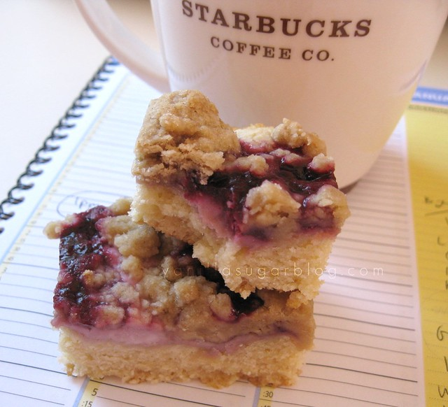 blackberry-cream cheese crumb cake 9