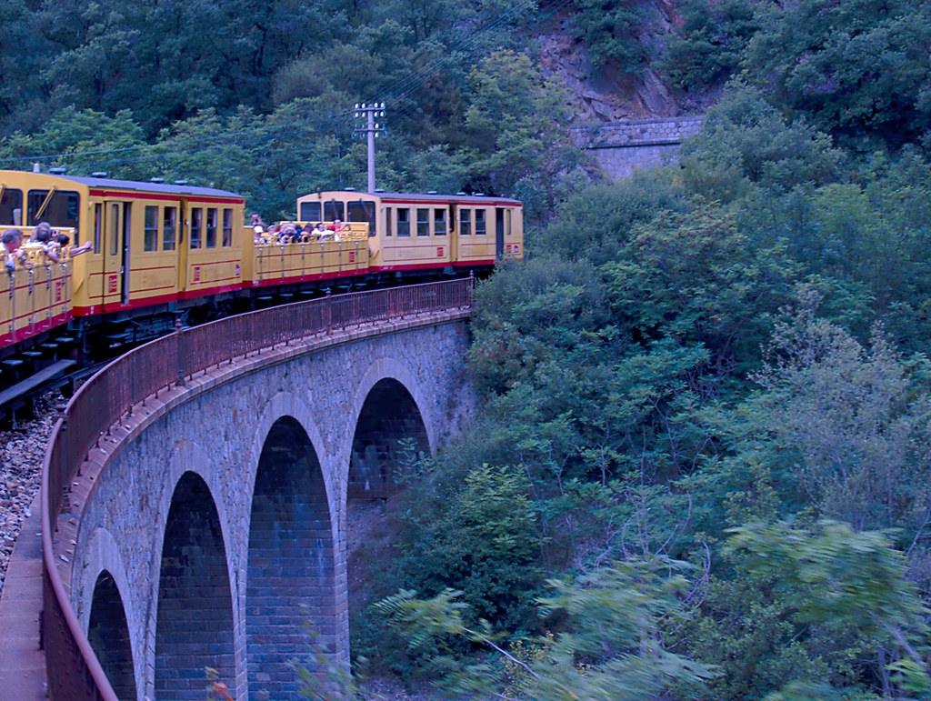 The Yellow Train in action