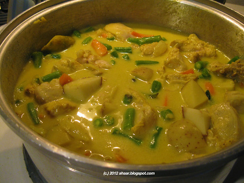 Chicken Stew With Coconut Milk Recipe — Dishmaps