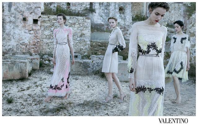 Valentino-Spring-Summer-2012-Deborah-Turbeville-06