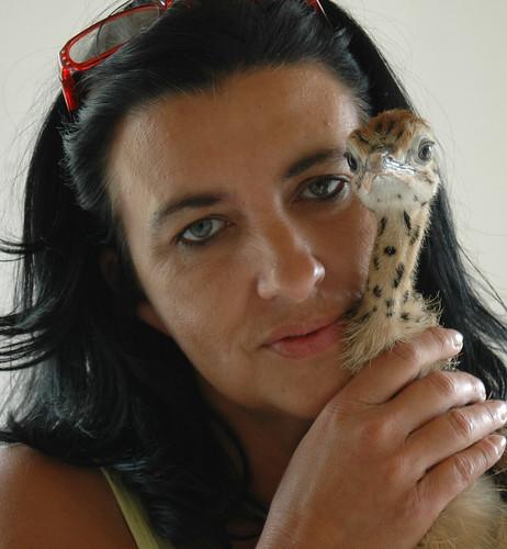 Petra, liebevolle Pflege auf der Straussenfarm