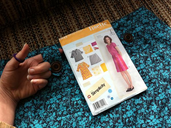 lisette market skirt - buttons on plackets