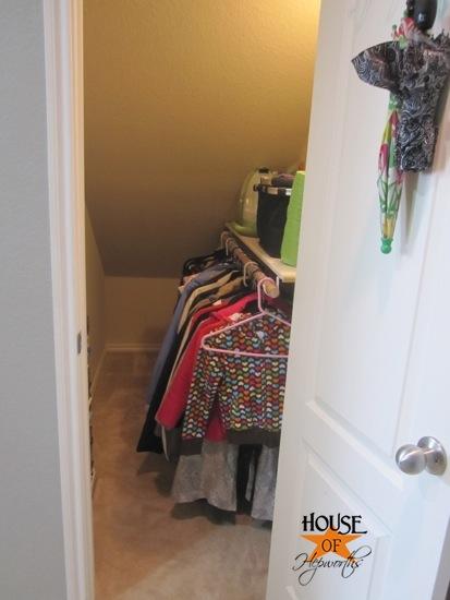 coat_closet_stairs_hoh_22