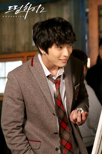 Dream High 2: JB (Im Jae Bum) vs. Jin Yoo Jin (Jin Woon 2 AM)