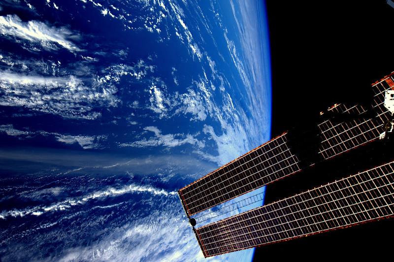 Saharazand trekt honderden kilometers de Atlantische oceaan over.