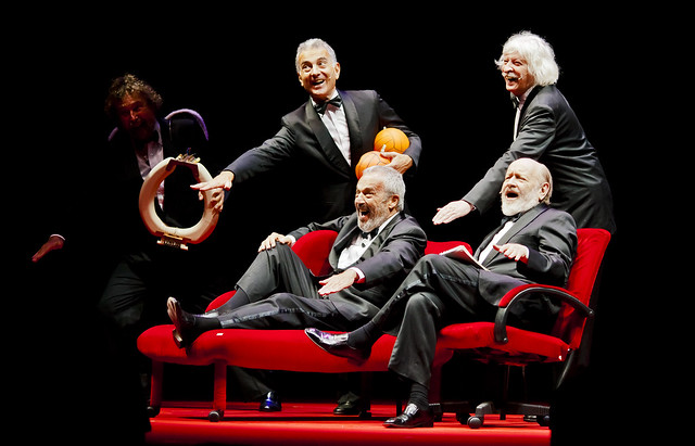 Les Luthiers (Lutherapia)