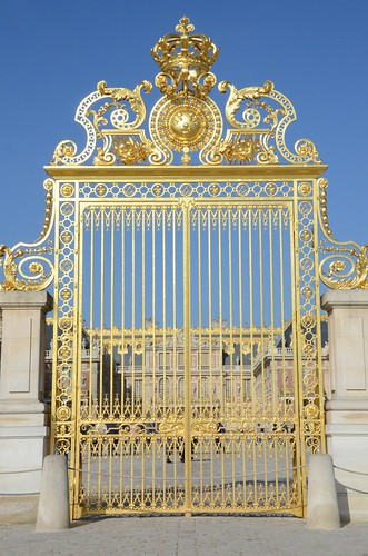 Royal courtyard gate, Versailles