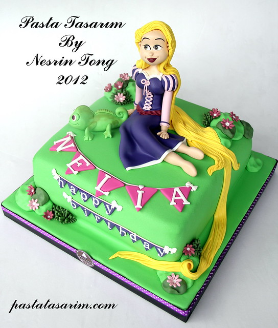 RAPUNZEL CAKE - NELIA BIRTHDAY