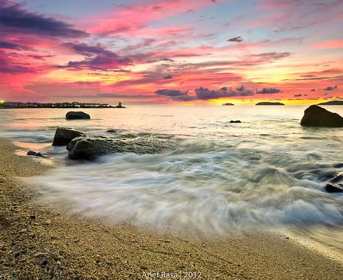 Sutera Beach by Arief Rasa