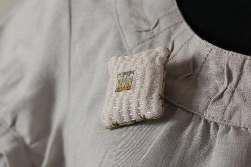 green weave brooch