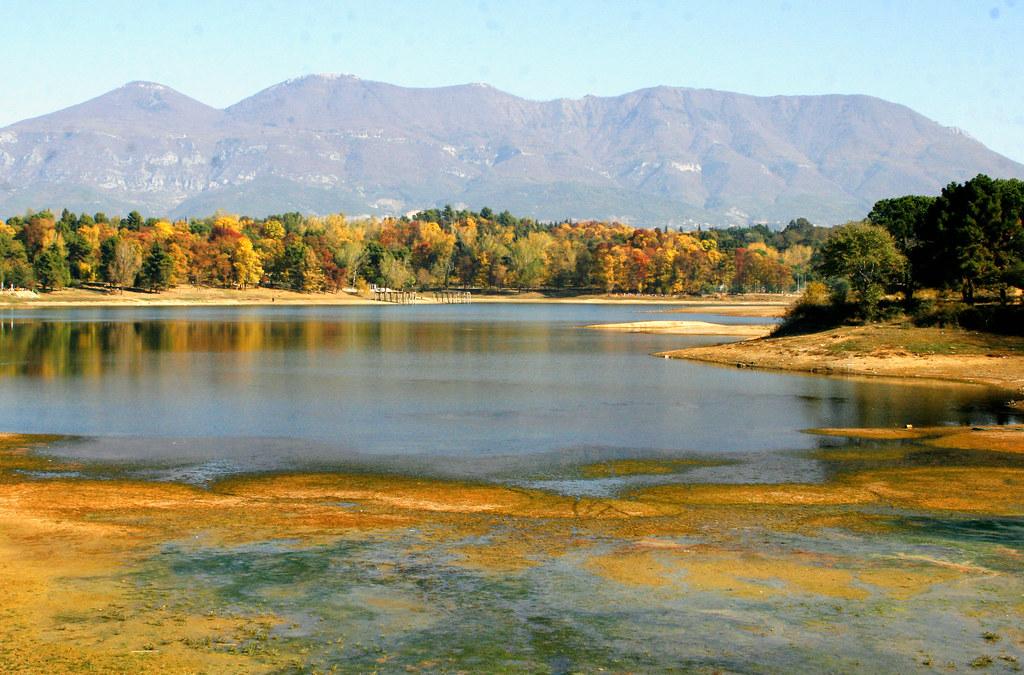 Liqeni Artificial i Tiranes (Foto) 6909002751_7ddab092e8_b