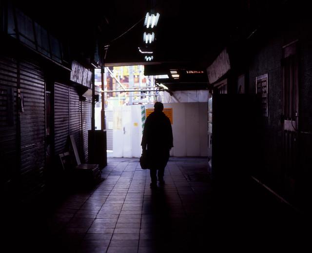 商店街の外光