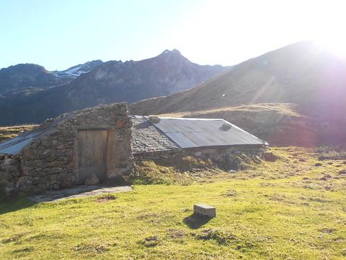 Cabane de Cézy 180