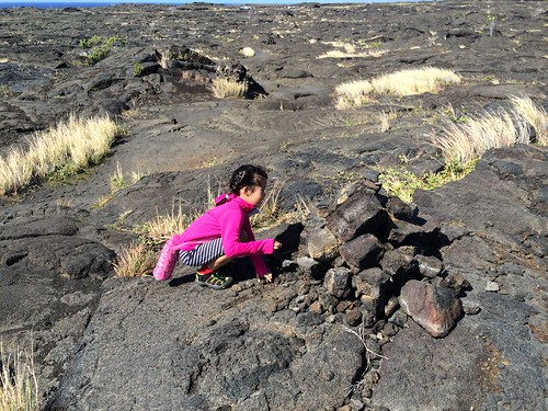 Aki on Petroglyph trail