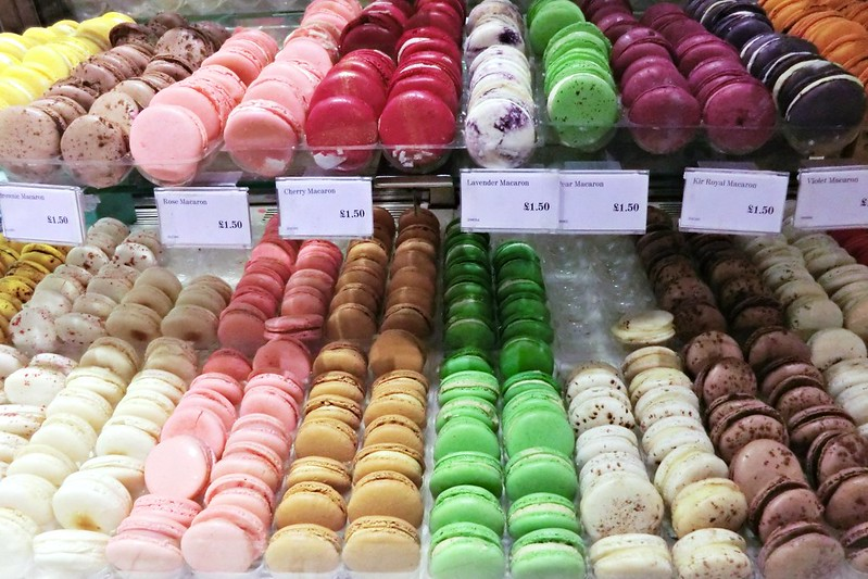 Macarons in F&M