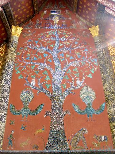 Mosaico del Árbol de la Vida en  Wat Xieng Thong