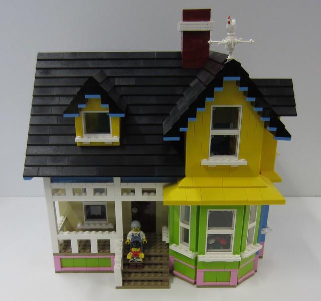 Lego up house flickr photo sharing for Lego house original