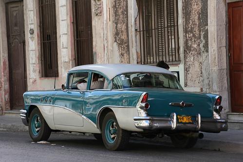 Havana street scene by redboatdesign