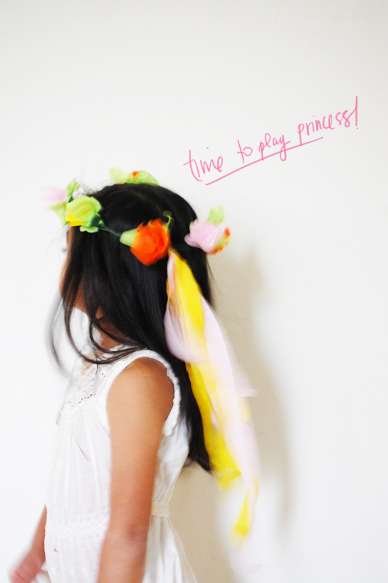 diy: crepe paper flower crown