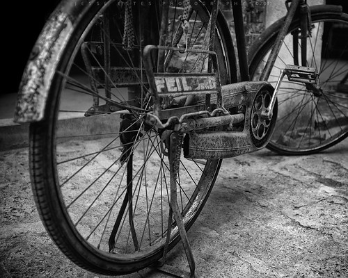 Old Bike III - Guilin, China