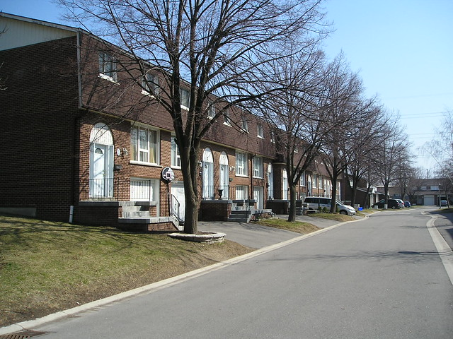 2380 Bromsgrove Rd Clarkson Mississauga Townhouse