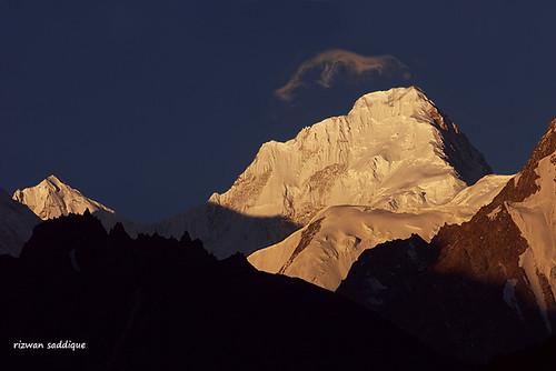 pakistan sunset mountain snow mountains sunrise altitude peak glacier area peaks himalaya hunza 8000m shimshal himalays hispar muztagh gojal 7000m highaltitudes alttitude yazghil northran rizwansaddique kunyangchhish7852m khurdopin highalttitude