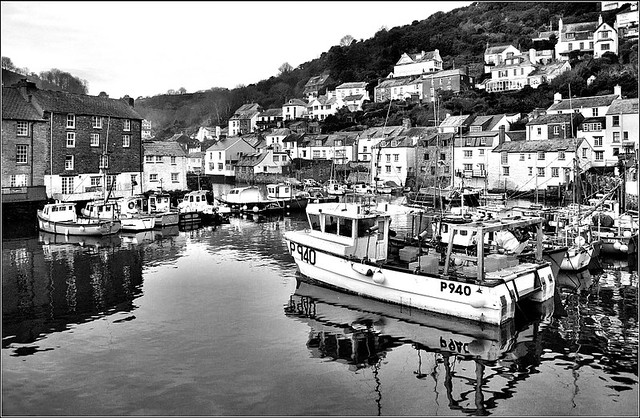 Polperro. Low Light. Black & White.  Nikon D3100. DSC_0467.