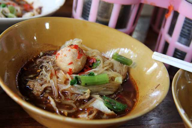 Boat Noodles at Victory Monument