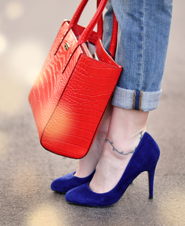 blue suede shoes - red kate space crocodile tote bag