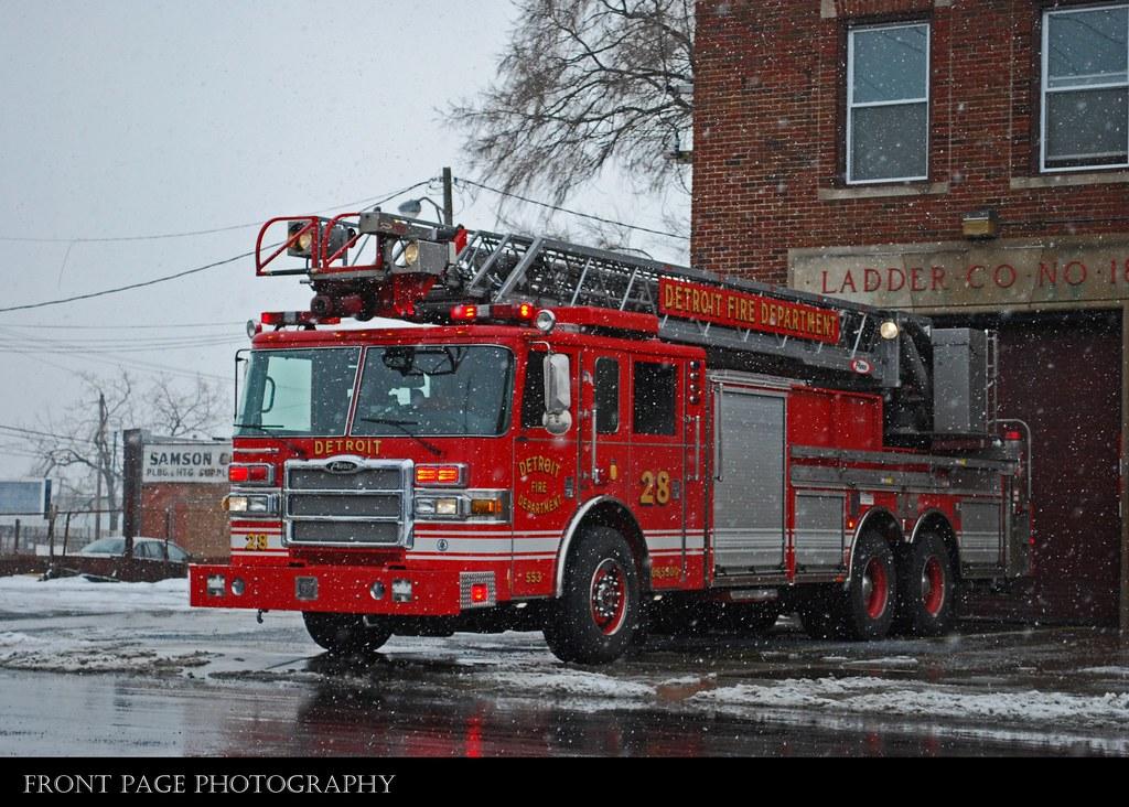 Elevation of Gratiot Ave, Roseville, MI, USA - Topographic ...