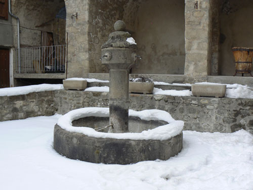 allos fontaine 2.jpg