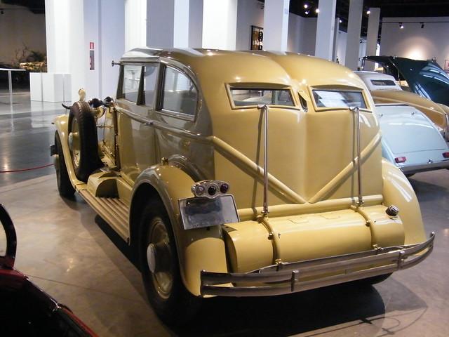 1932 Renault Nervastella [Coachwork inspired by Salvador Dali] (6)