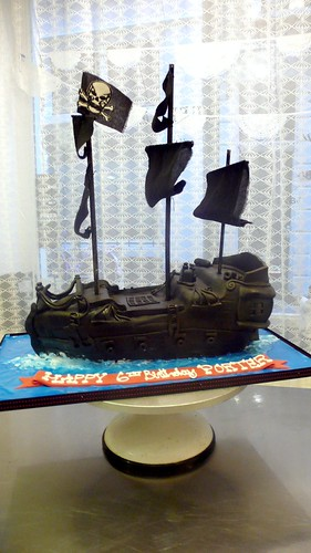 Black Pearl Birthday Cake by CAKE Amsterdam - Cakes by ZOBOT
