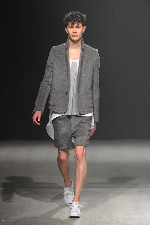 FW12 Tokyo Sise017_Jono McNamara(Fashion Press)