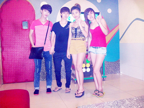 Party vc Tom + Kẹo ♥