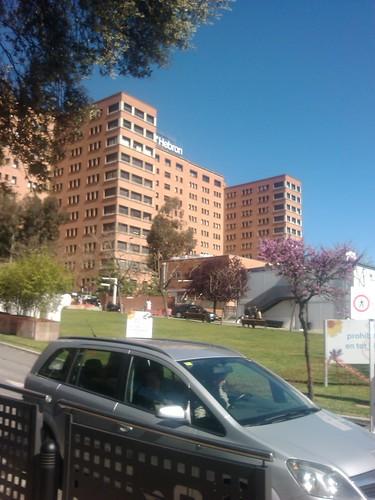 Vall d'Hebron Hospital by simonharrisbcn