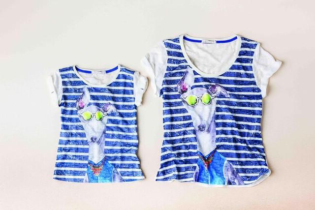 5bdbfd441 Cada vez mais cresce a vontade das mamães de vestir seus filhos dentro das  tendências da moda ou com uma peça igual à delas, e é de olho nessas mães  ...