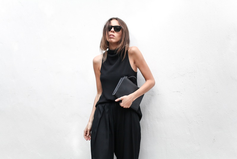 modern legacy blog street style culottes crop wide leg pants Camilla and Marc high neck assent funnel top all black outfit Alexander Wang bag Prisma envelope clutch slide sandals spring summer (11 of 16)